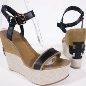TORY BURCH Carlee Wedge Logo Sandals 8 M